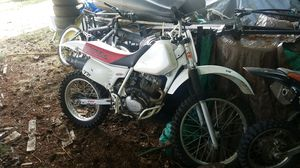 1998 Xr200 dirt bike for Sale in Vancouver, WA