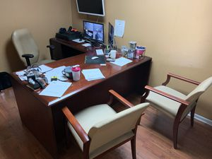 Office furniture for sale in Doral, we are moving for Sale in Miami, FL