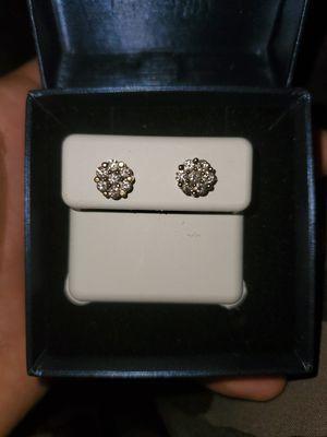 Vs1 diamond earrings for Sale in Mesa, AZ