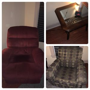 Pick Either Chair And Get 2 Matching End Tables For $65 Or Both Chairs And Tables For $105 for Sale in Cleveland, OH