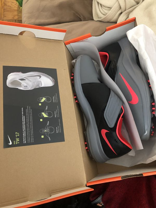 Nike tiger wood shoes