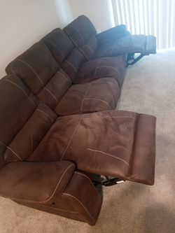 4 seat recliner sofa $400 for Sale in Columbus,  OH