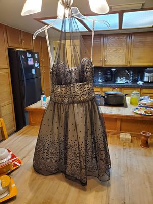 Formal dress for Sale in Mesa, AZ