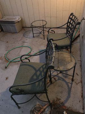 Free patio furniture for Sale in Menlo Park, CA