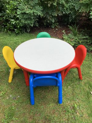 "EUC Angeles Baseline 36"" Kids Table and Chairs for Sale in Cary, NC"