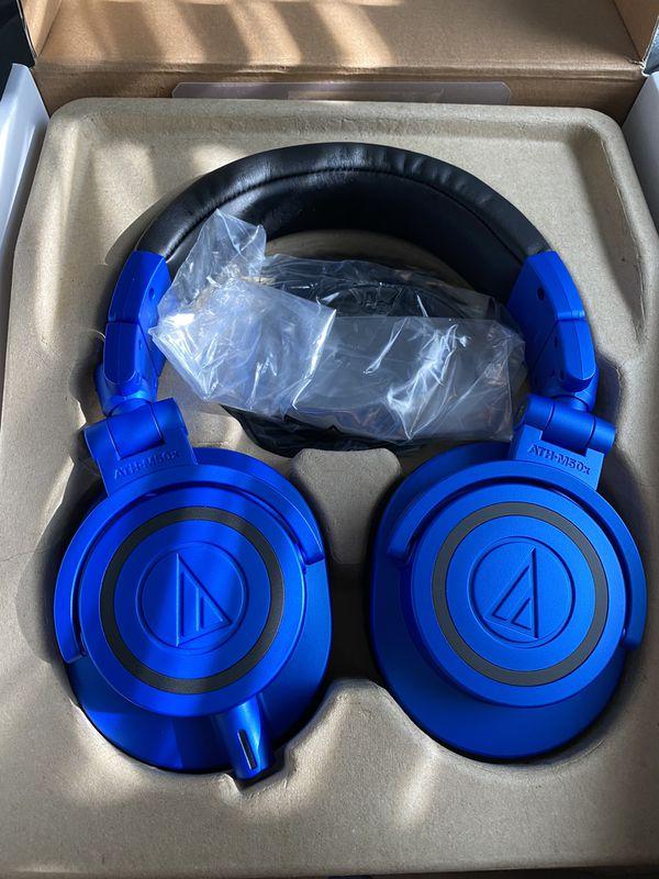 Audio Technica ATH-M50X blue wired headphones