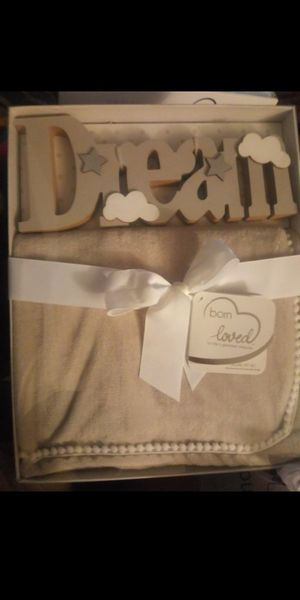 Set 2 pieces Dream message and blanket Gray for Sale in Sioux Falls, SD