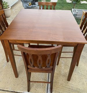 Wood kitchen table for Sale in Glendale, AZ