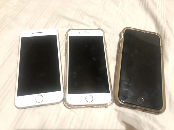 3 iPhone 8 for sale