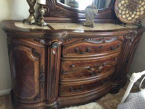 bedroom set Queen for Sale in Jurupa Valley, CA