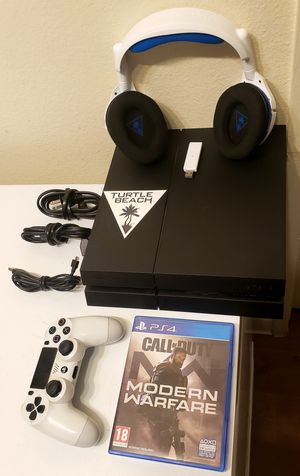 PS4 2ND GEN TURTLE BEACH STEALTH 600 W/LESS PLUS 3GAMES + COD MW BUNDLE for Sale in Escondido, CA