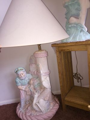 Beautiful Lamp for Sale in Hudson, FL
