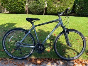 GIANT ROAM 2 Mountain Bike for Sale in Burbank, CA