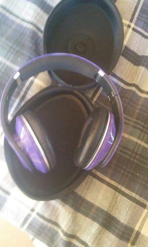 Beats by Dre studio headphones purple for Sale in Phoenix, AZ