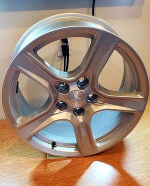 Set of 4 2017 stock Camaro rims. Perfect condition, driven 7 miles to install aftermarket rims. for Sale in Lakewood, WA
