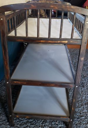 Soild wood changing table must sell 40 todsy for Sale in Oklahoma City, OK