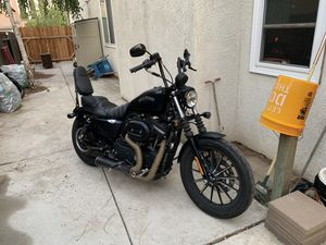 2015 Harley sportster iron 883 for Sale in Stockton, CA