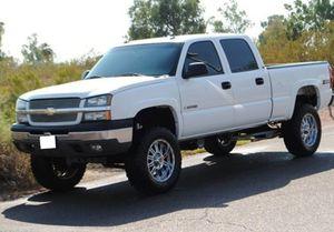 2003 Chevrolet Silverado 1500 LT White Color for Sale in Louisville, KY