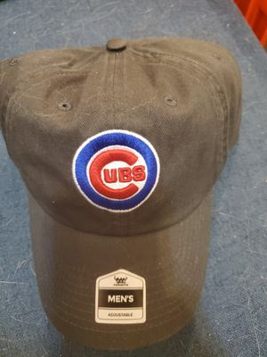 CHICAGO CUBS MENS HAT for Sale in Brooklyn, NY