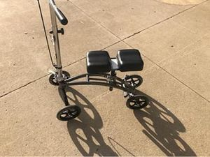 Knee scooter for Sale in Grosse Ile Township, MI