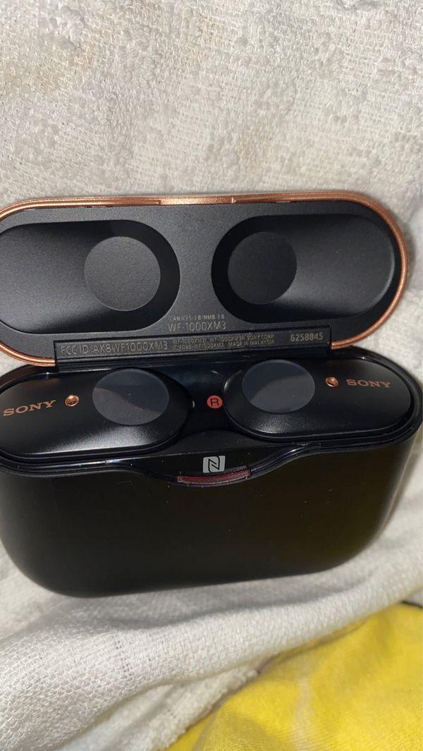 Sony true wireless headphones- black