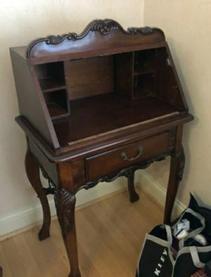 Butler Specialty Co. Small Vintage antique desk (NO COVER) for Sale in Garden Grove, CA