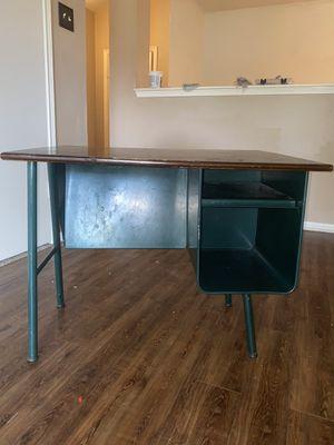 Small desk for Sale in Houston, TX
