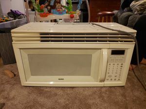 Kenmore hood microwave combination for Sale in Taunton, MA
