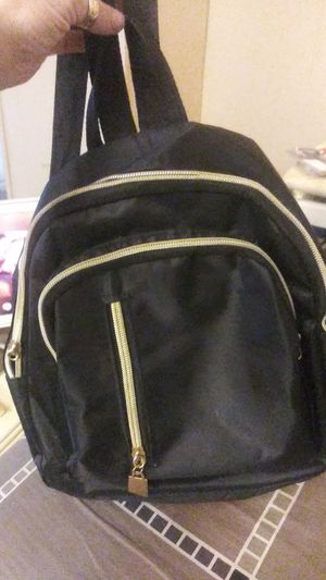 Black purse back pack. for Sale in Scranton, PA