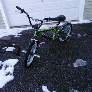 Green Kent Chaos 20th Anniversary Freestyle bike for Sale in Weare, NH