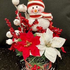 Snowman Christmas Centerpiece for Sale in Kissimmee, FL