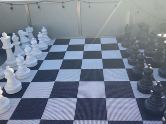 Giant Outdoor Light up Chess Set Complete for Sale in Los Angeles,  CA