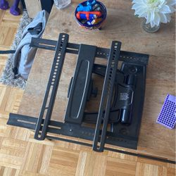 Heavy Duty Wall Mount for Sale in Brooklyn,  NY