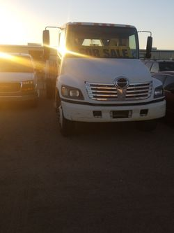 2005 HINO 268 Auto trans for Sale in Roosevelt,  AZ