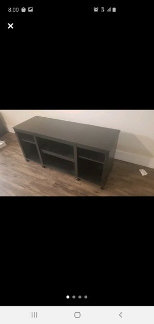 Tv stand good condition for Sale in Hayward, CA