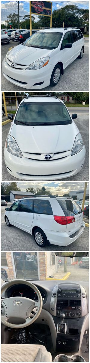 2008 TOYOTA SIENNA LE for Sale in Kissimmee, FL