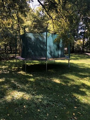Magic Circle Trampolines (The Great Escape) for Sale in Plainfield, IL
