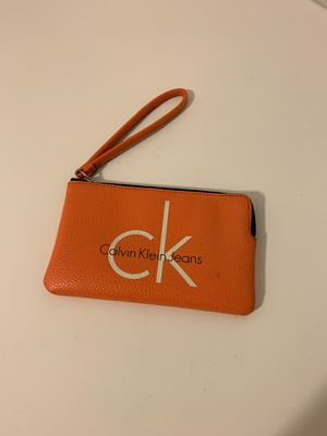 Calvin Klein small wallet / hand clutch for Sale in Affton, MO