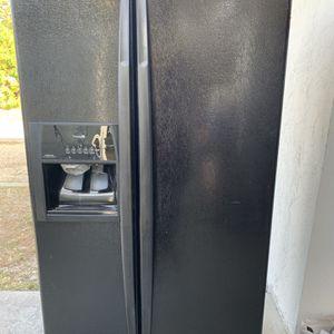 Black Refrigerator for Sale in Naples, FL