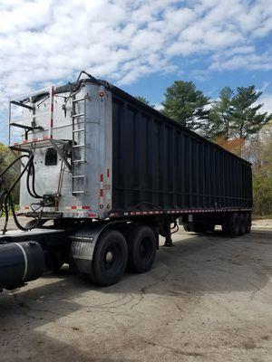 98 summer's walking floor tri axle aluminum trailer for Sale in Lynn, MA