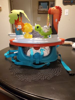 Infantino Grow with Me Booster Seat for Sale in Benbrook, TX