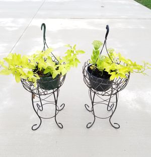 Basket Metal Plant Stands for Sale in Wylie, TX