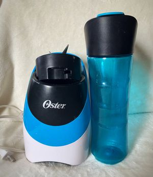 Oster two in one blender and travel bottle for Sale in Haddon Heights, NJ