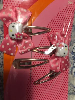 Hello kitty snap clip $3 for Sale in Mesquite, TX