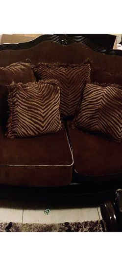 Brown Sofa &Love Seat for Sale in Arlington,  TX