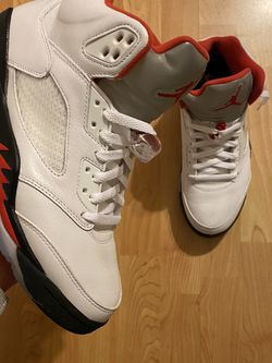 """Jordan 5s """"Fire Red """" SZ 9 for Sale in Gaithersburg,  MD"""