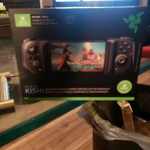 RAZER KISHI PORTABLE CONTROLLER for Sale in Fort Worth, TX