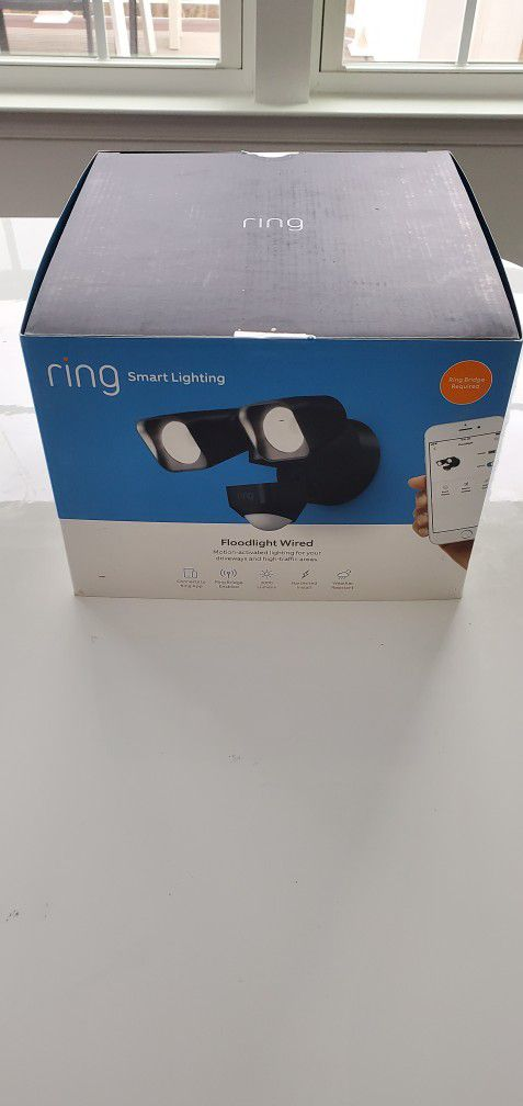 Ring Smart Lighting – Floodlight, Wired, Outdoor Motion-Sensor Security Light