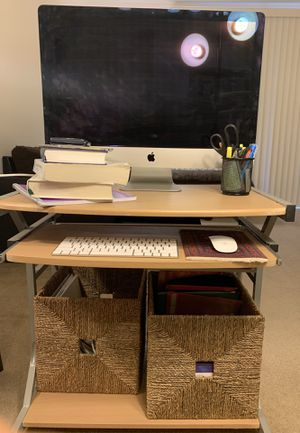 Study desk with comfortable clearance for leg space for Sale in Santa Clara, CA
