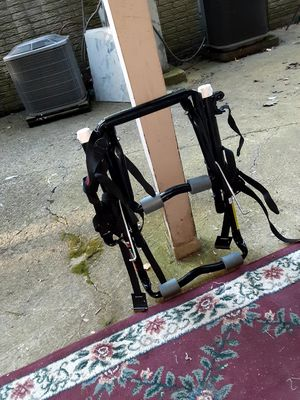 Car bike rack with female attachment bar. for Sale in Columbus, OH